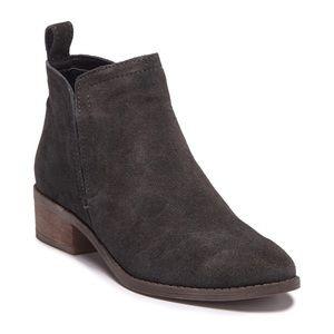 DOLCE VITA Grey Suede Tivon Ankle Bootie 9.5 NWOT